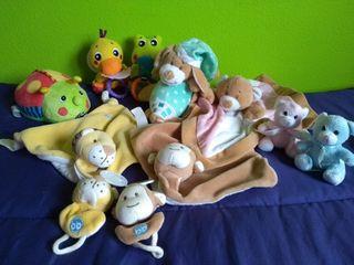 Lote juguetes bebé. Peluches, dou dous