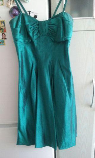 Sin estrenar vestido de fiesta de seda