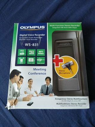 Grabadora Olympus WS-831