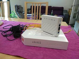 Router Livebox Orange + adaptador fibra