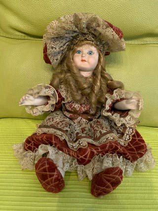 Muñeca porcelan