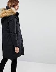 Abrigo mujer con capucha de piel sintetica