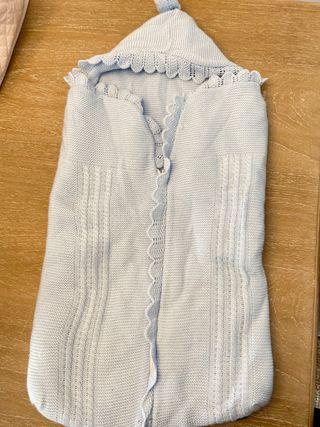 Saco azul de punto forrado y calentito