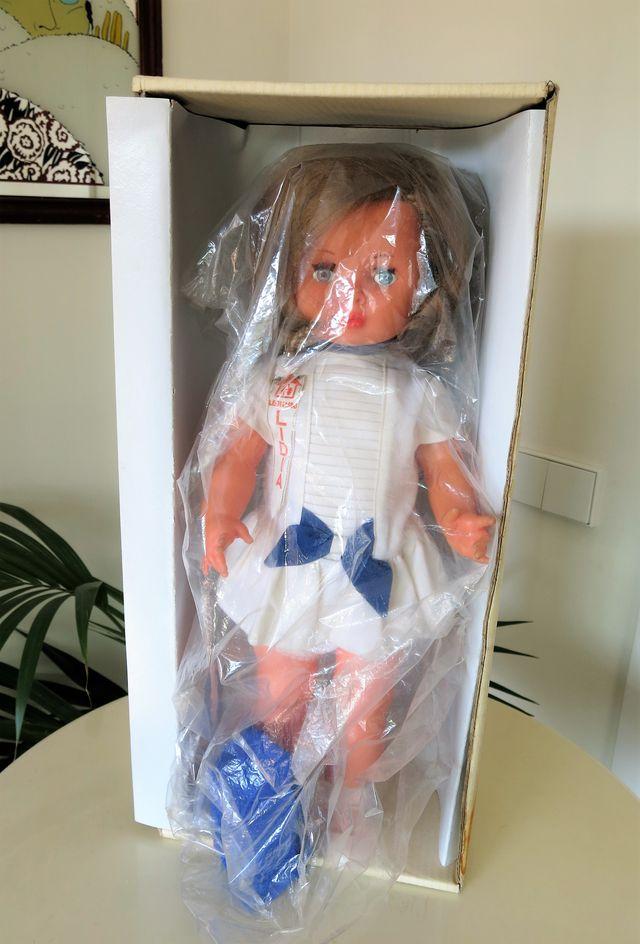 Antigua muñeca Lidia años 60 con caja Novo Gama