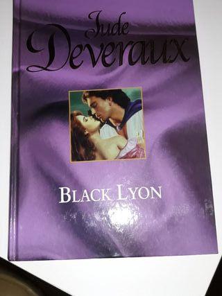 se venden novelas románticas