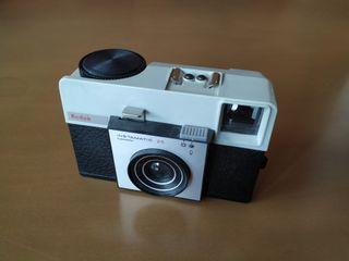Cámara analógica de colección Kodak
