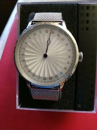 Reloj monoaguja 24 horas