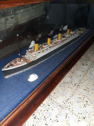 Maqueta en diorama del titánic