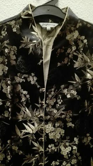 Camisa JAPONESA NUEVA COLOR NEGRO con etiquetas
