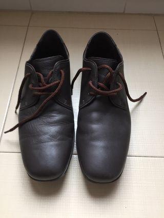 Zapatos piel camper