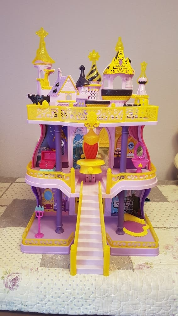 CASTILLO DE CANTERLOT DE MY LITTLE PONY