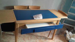 muebles de cocina con mesa y 4 sillas