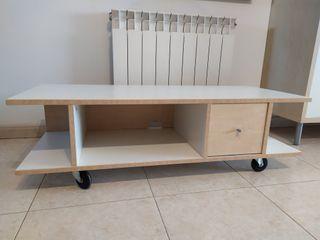 Mueble - banco para TV con ruedas y cajón.