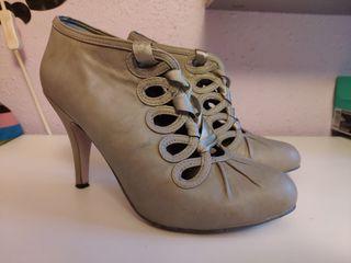 Zapato tacón cinta