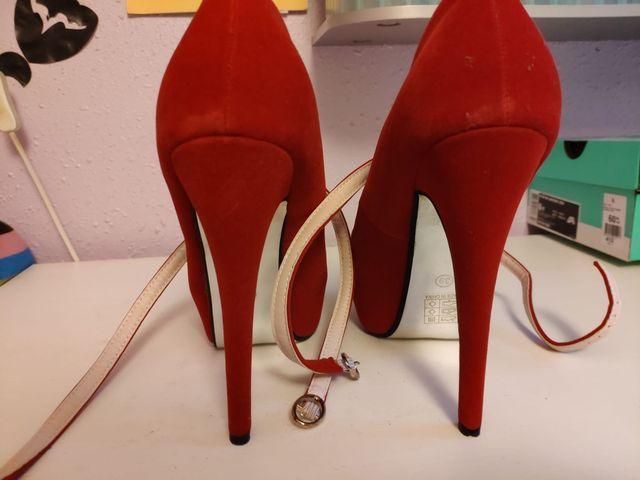 Zapato tacón rojo fiesta