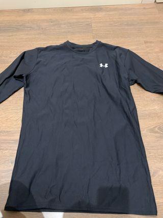 Camiseta deporte under armour