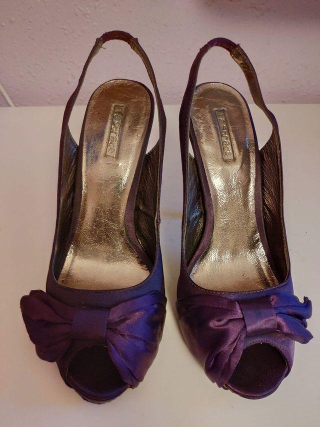 Zapato tacón raso lila