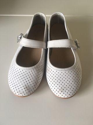 Zapato mercedita de piel lavable, numero 29