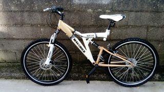 """Bicicleta de montaña Maverick 26"""""""