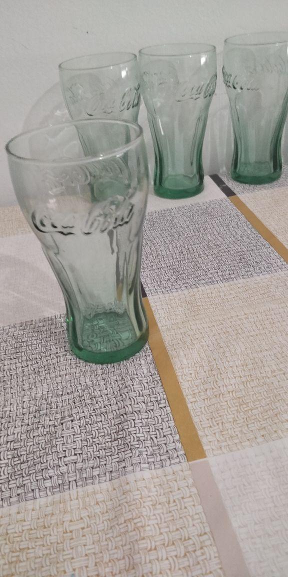 Vasos de coca-cola