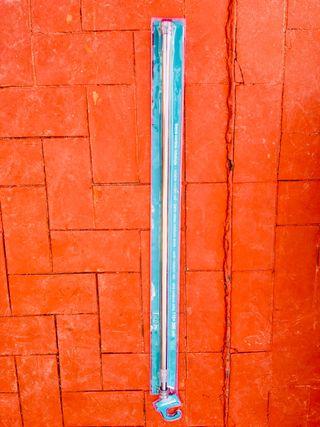 Barra de cortina de baño ajustable