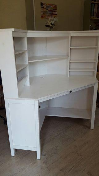 escritorio rinconero IKEA