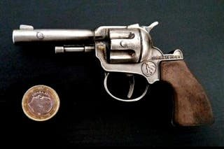 Antigua pistola juguete Gonher años 70