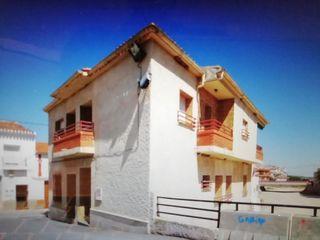 Urge vender piso en Alatoz (Albacete)