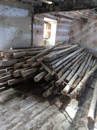 Puntales de madera