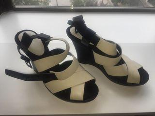 Sandalias blancas Clarks cuero