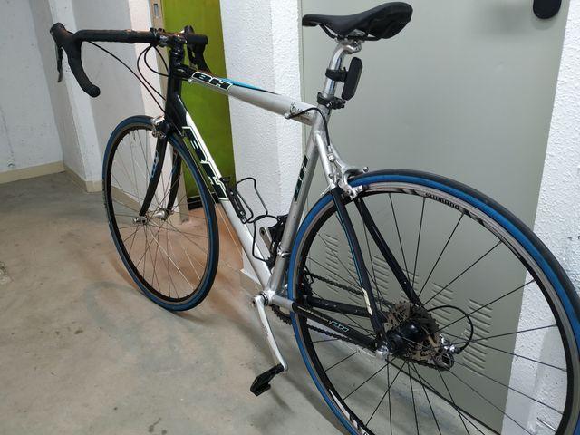 bicicleta carretera BH liberty seguros