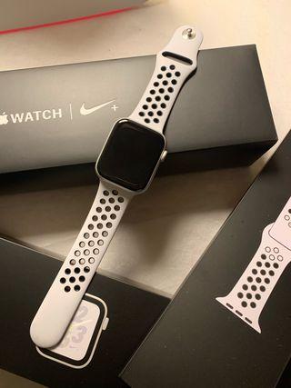 Apple Watch Nike S4 44mm