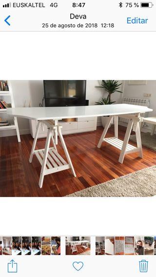 Mesa escritorio+ caballetes