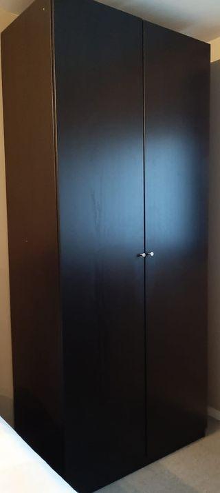 2 armarios color wengue