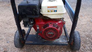 Generador de luz honda 13.5cv trigasico.