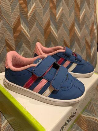 Zapatillas la de segunda Adidas de niña en mano Castellón m80Nnw