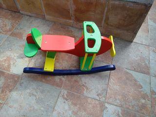 Juguete en madera columpio para bebé a partir de 1