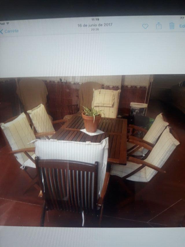 mesa de jardín 4 sillas y dos sillones