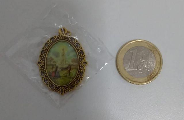 Medalla Virgen de Lourdes a estrenar