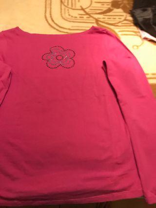 Camiseta Agatha