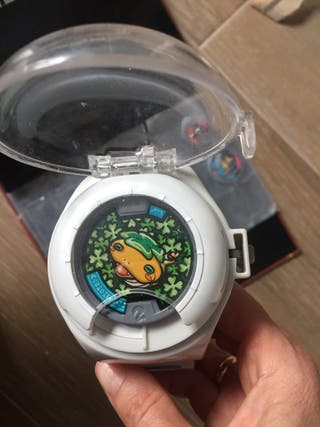 Reloj y álbum Yokcay watch con medallas