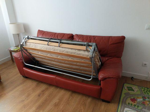 Sofa cama de piel de Natuzzi