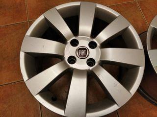 """Llantas 17"""" aluminio. Originales de Fiat"""