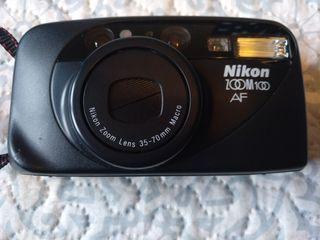 cámara de fotos NIKON ZOOM 100