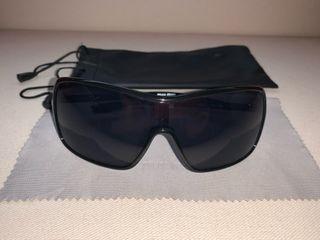 Gafas de sol originales MIU MIU negras