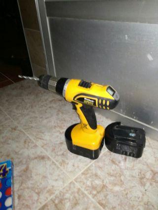 taladro eléctrico