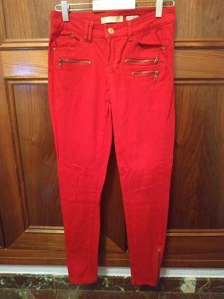 Pantalones rojos talla 34