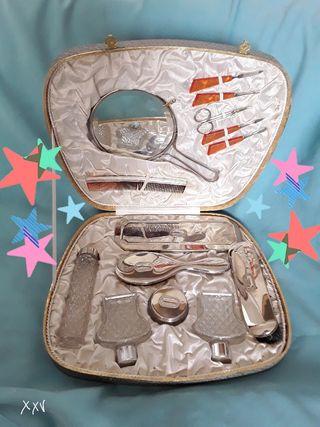 juego maletín tocador antiguo