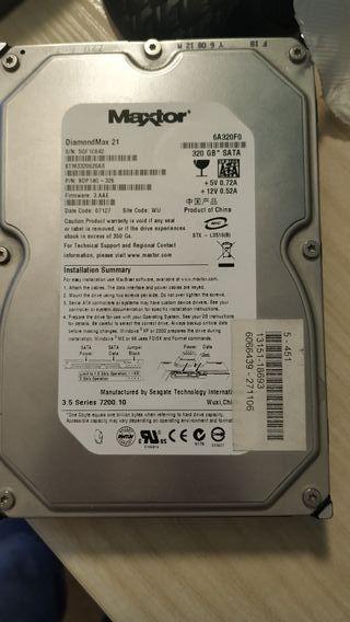 disco duro 320 gb y pack de cables