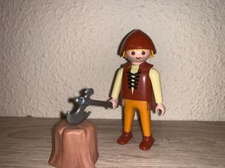 Playmobil aldeano leñador